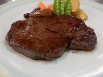 山形県産牛ステーキの一例