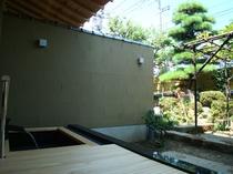 客室の露天風呂①