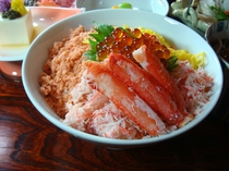 カニ・イクラ・サケちらし寿司
