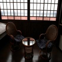 客室内 椅子・テーブルⅡ