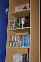 フロントの本棚
