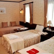 お部屋の設備:エアコン・テレビ・バス・トイレ・ドレッサー・内線電話