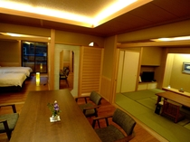 スイートルーム 胡蝶蘭の間 ダイニング+10畳和室+ツインベッドルーム
