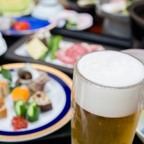 *夕食一例(栃木牛+生中ジョッキ)