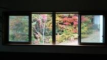 大浴場入口からの景色 秋
