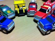 おもちゃ車