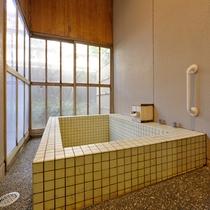 ■半露天付和室のお風呂■『美肌の湯』をいつでもお好きな時に堪能できます。