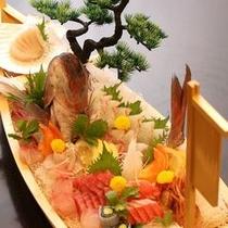 別注料理:御造里船盛り