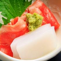 御造り…日本海の旬魚+飛騨の川魚