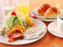 【朝食】洋朝食の一例です。