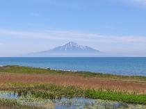 【利尻島】利尻富士が聳え立ちます♪