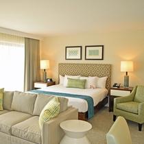 各部屋にはソファーベッドがあり、大人3名様でもゆったりとお過ごしいただけます