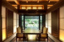 個室〜食事処「桜の香」