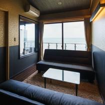 展望風呂付特別室 リビングからゆったり日本海を眺める