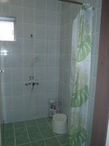 男子シャワー室