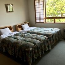 和洋室タイプのベッドです