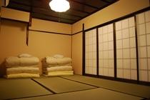 寝室(聖護院 ななこ)