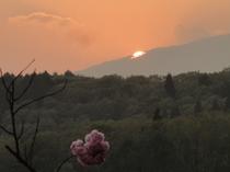 妙高山に沈む夕日