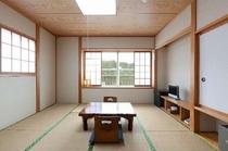 8畳の広い和室2