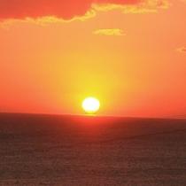 天気の良い日には水平線から昇る朝日をご覧いただけます