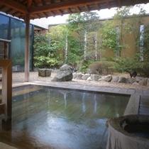 ひのき露天風呂