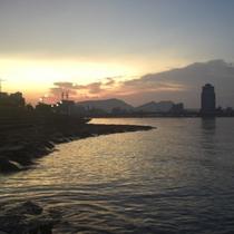 宍道湖の朝焼け