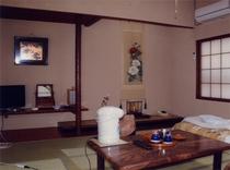 客室「桜の間」8畳