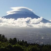 *乙女峠から見た富士山です!