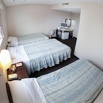 *客室/トリプル。ご家族や友達同士にも♪全室WiFi完備で光インターネット対応です!