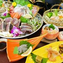 <お食事>夕食/土佐の皿鉢料理に名物「鰹のタタキ」をプラス♪