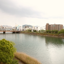 鏡川沿い散歩道[春]