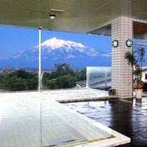 *天然かけ流し温泉!大浴場