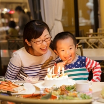 誕生日や記念日にケーキのご予約も承ります。3日前迄要TEL予約