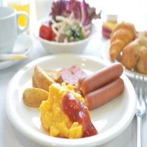バイキングの朝食(洋食一例)