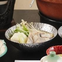 寺泊海鮮鍋・寿司会席(ふぐ鍋)