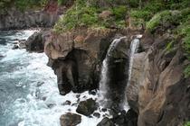 城ヶ崎海岸自然研究路(対島の滝)