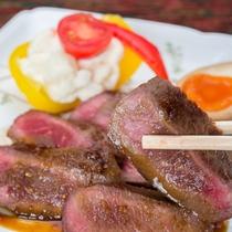 *夕食一例/趣向をこらした旬の味をぜひご賞味ください。