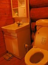 ログハウストイレ