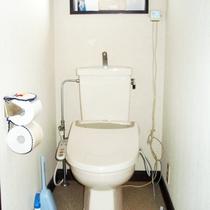 *【施設/トイレ】バス、トイレ、洗面所は、共同となります。