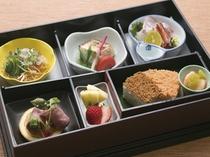 松花堂弁当(一例です)