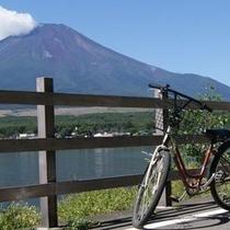 爽やかに山中湖畔をサイクリング