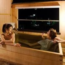 お部屋に付いた露天風呂で最高の瞬間を♪