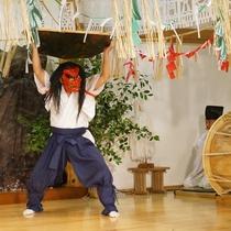 【周辺観光】高千穂神楽/毎晩20時から高千穂神社で代表的な4番を公開!本格的な舞が楽しめる