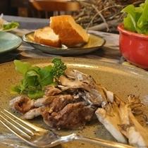【メイン*日替わり】~牛ヒレ肉と舞茸のクリーム煮~リピーター様からリクエストNo1の人気メニュー!