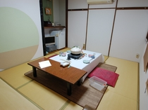 洗面付き和室のお部屋の一例(個室のお食事処として、ご利用いただくこともあります)