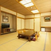 *【客室/本館15畳】手足を伸ばしてのんびりとお過ごし下さい。