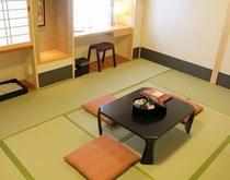 ☆新設したての新しい和室10畳のお部屋です◆禁煙室◆過失空気清浄機・シャワートイレ完備◆LANケーブ
