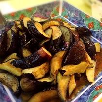 ■茄子の揚げ浸し。茄子にも味がしっかり染みています。(夕食バイキングメニュー一例)