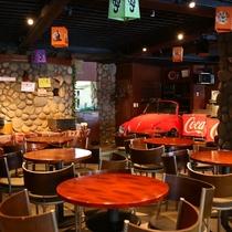 ■【エスニックレストランかもしか】併設のエスニックレストラン。本場の味を楽しめます