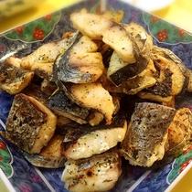 ■魚のソテー。ますますご飯が進みます。(夕食バイキングメニュー一例)
